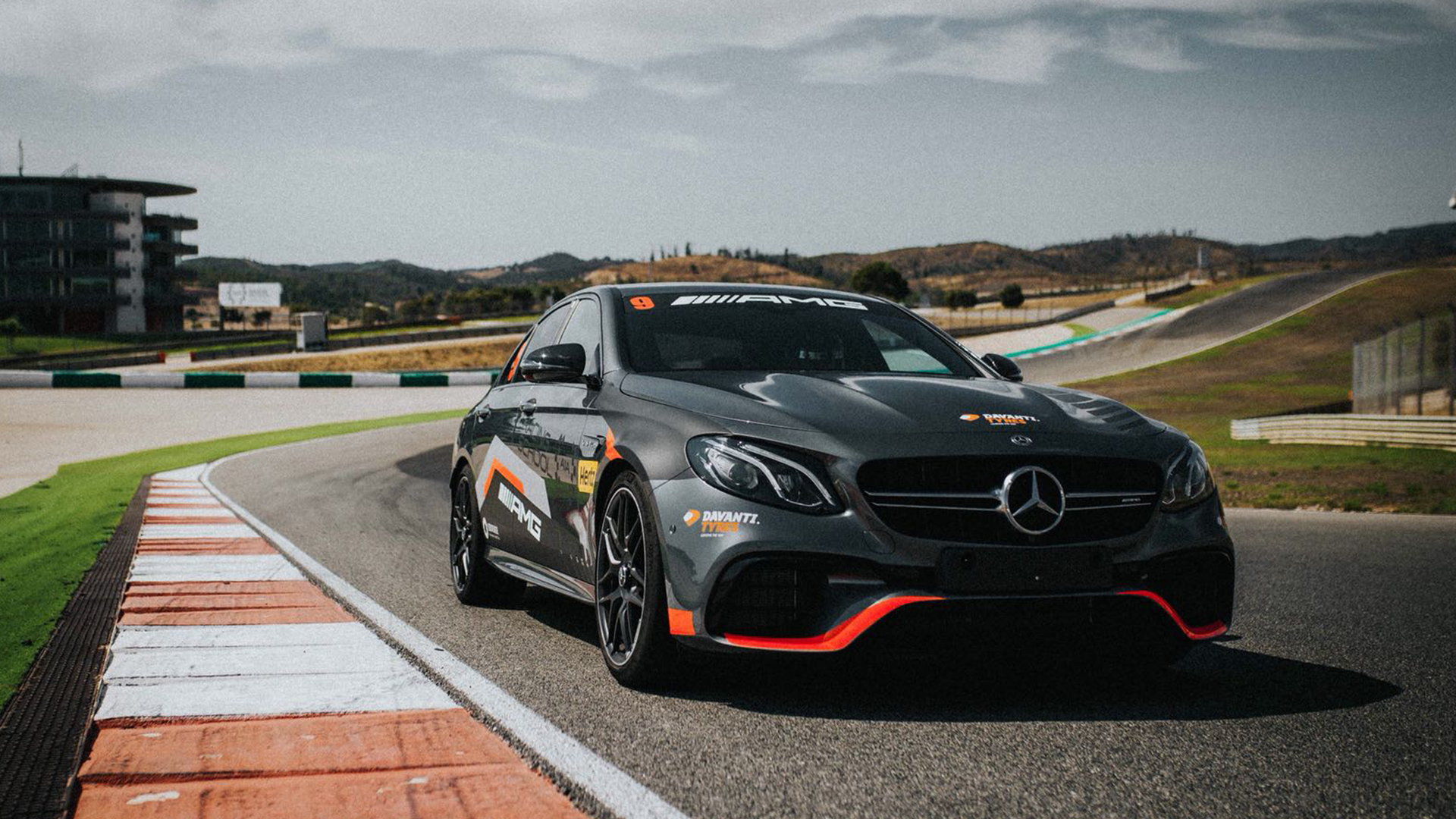 AMG Driving Experience - Mercedes-Benz PT